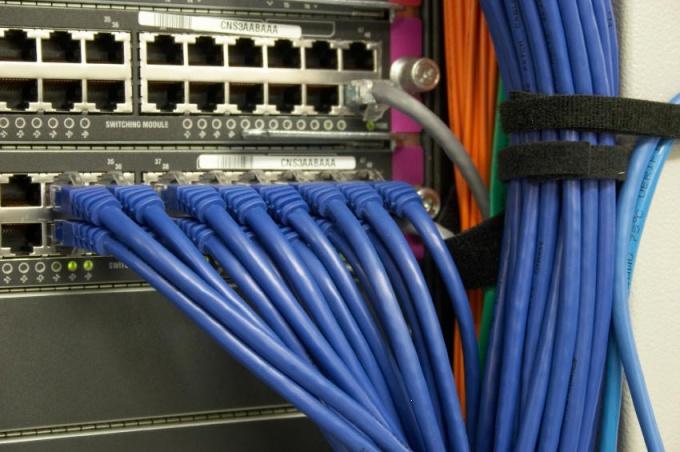 Как подключить домашнюю сеть без интернета