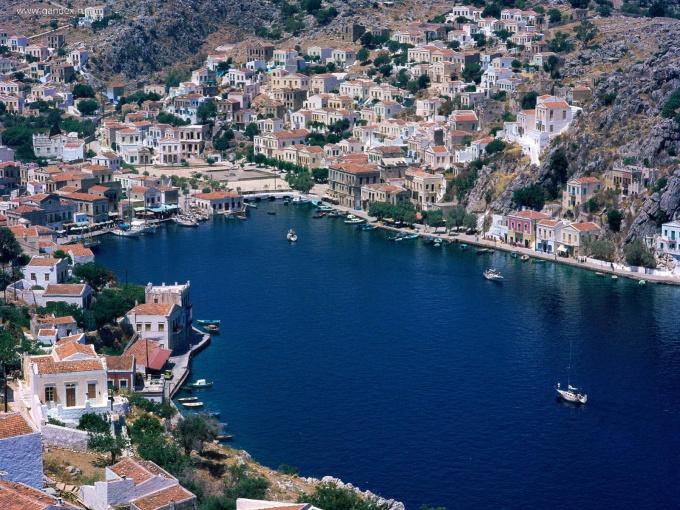 Роскошные греческие пейзажи хочется видеть из своего окна каждый день.