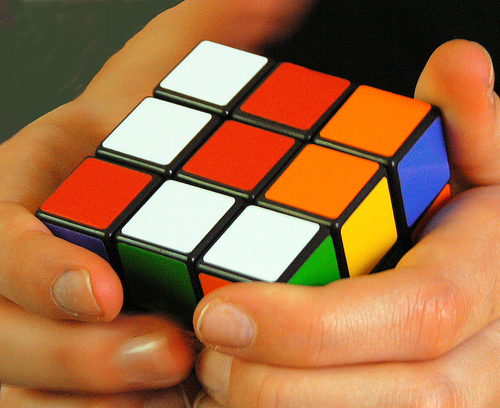How to assemble a Rubik's Cube child
