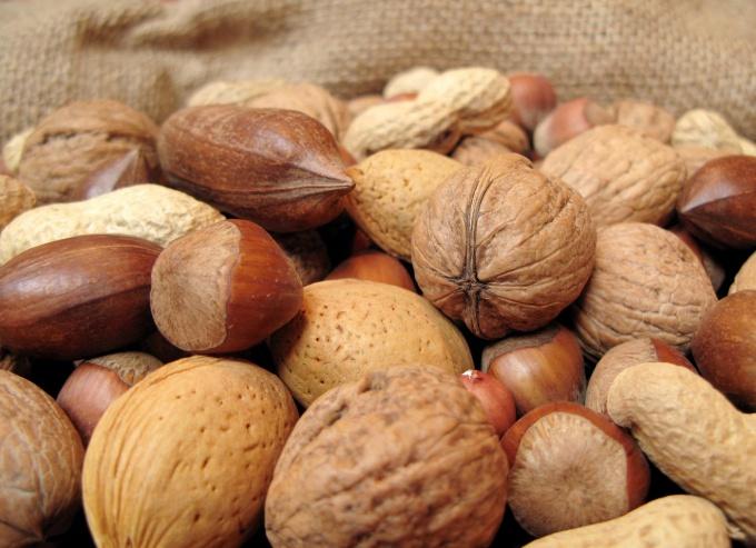 Как выбрать орехи