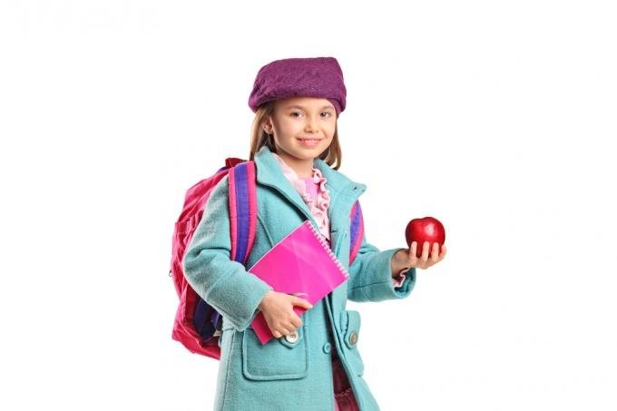 Как связать пальто для девочки