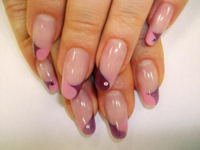 Как наращивать ногти на форму