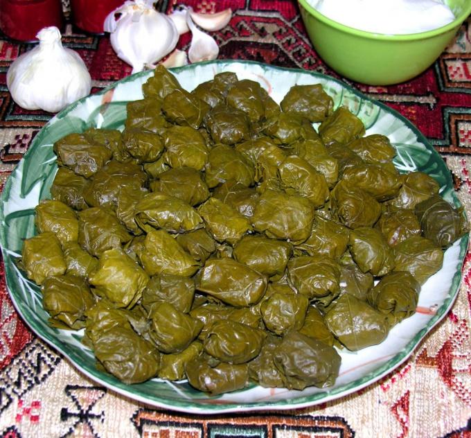Без долмы не обходится ни одно меню кавказских ресторанов