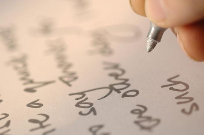 Как писать каллиграфическим почерком