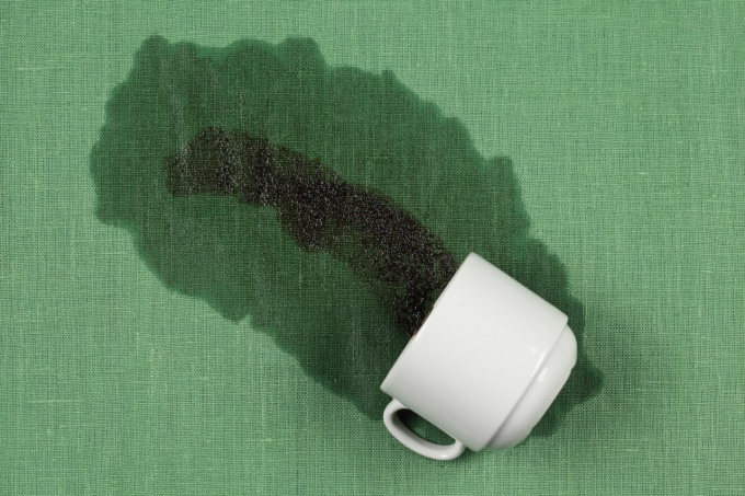 How to clean tea stains