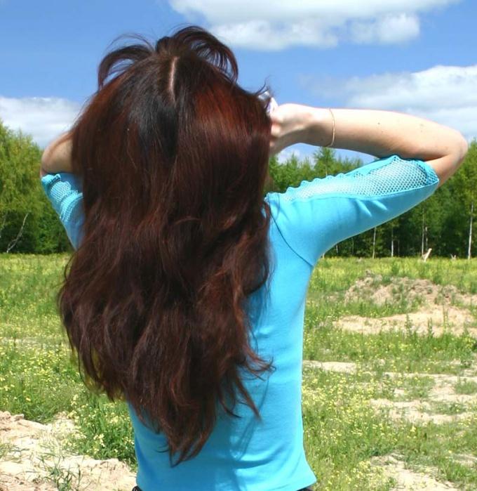 Как покрасить волосы народными средствами