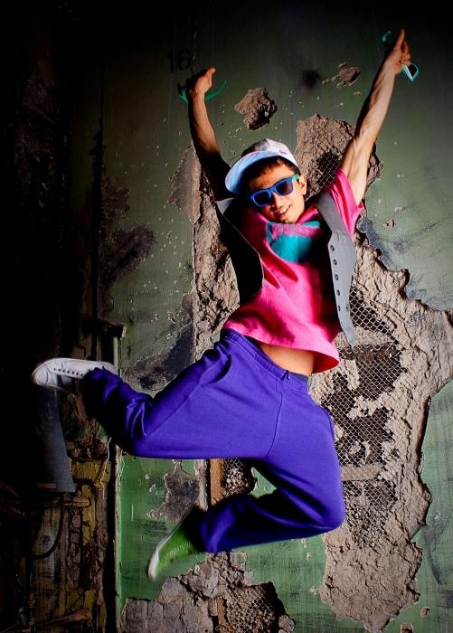 Как научиться танцевать тектоник дома