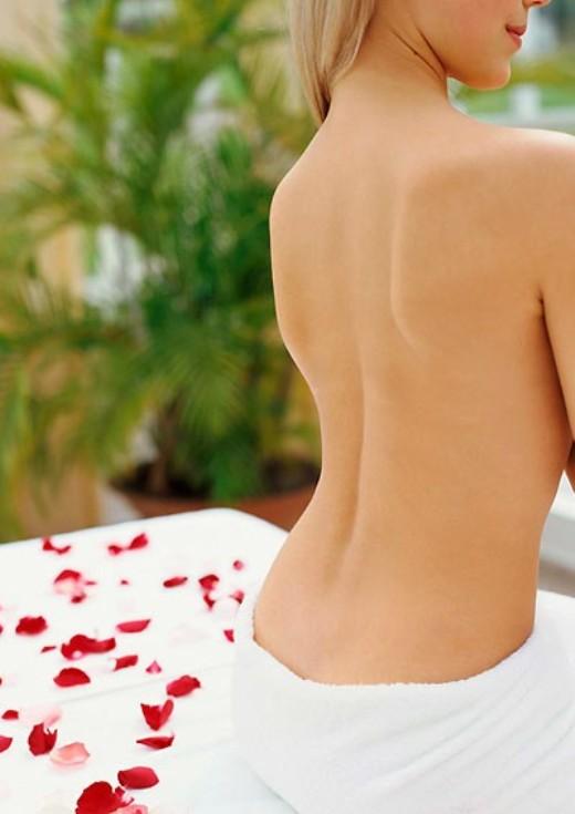 Как научиться держать спину
