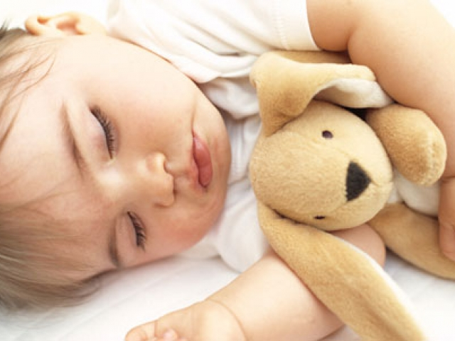 How to teach baby to fall asleep without the breast