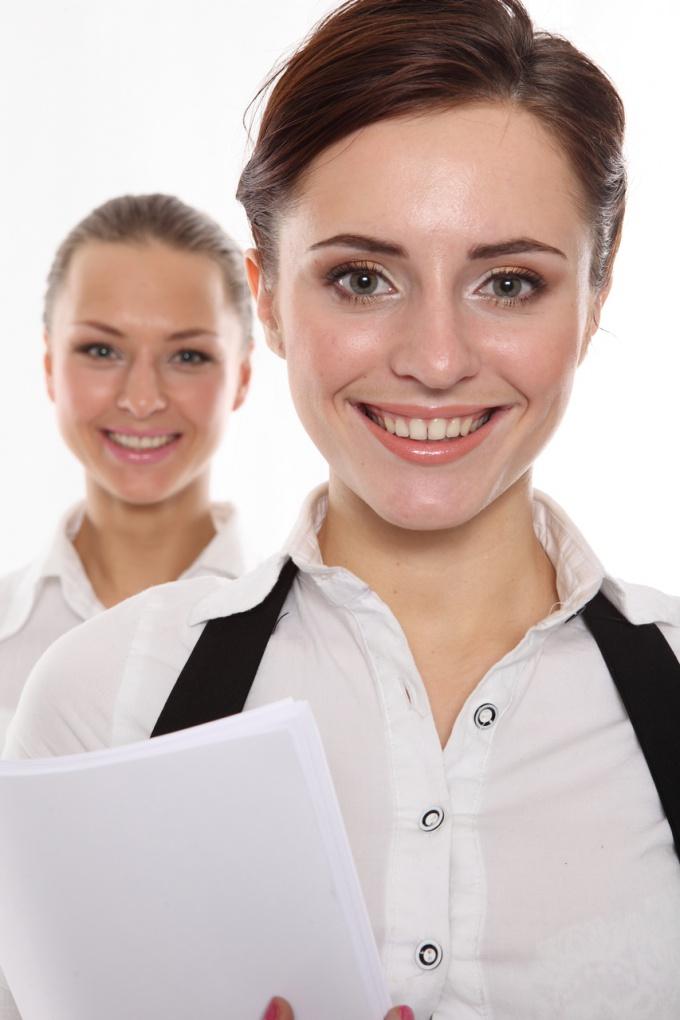 студентки перед защитой преддипломной практики