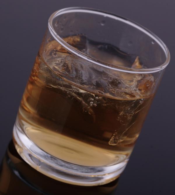 Кто сказал, что самого - неблагородный напиток?