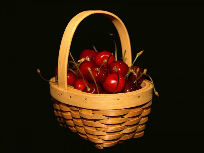 Сколько надо варить варенье из вишни без косточек