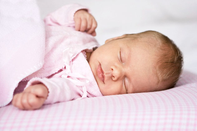 How to wean a baby to fall asleep on hand