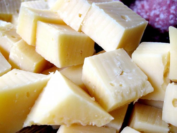 Козий сыр - дюже пригодный молочный продукт