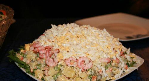 Как готовить салат из креветок и белой фасоли