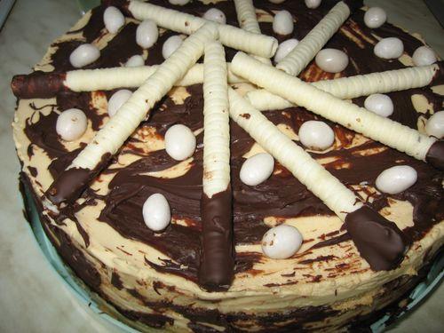 Торт со сгущенкой - нежнейшее лакомство
