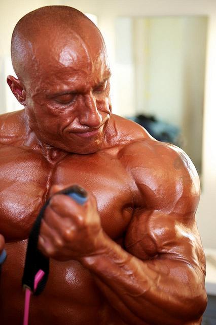 Силовые упражнения - лучший способ накачать мышцы.