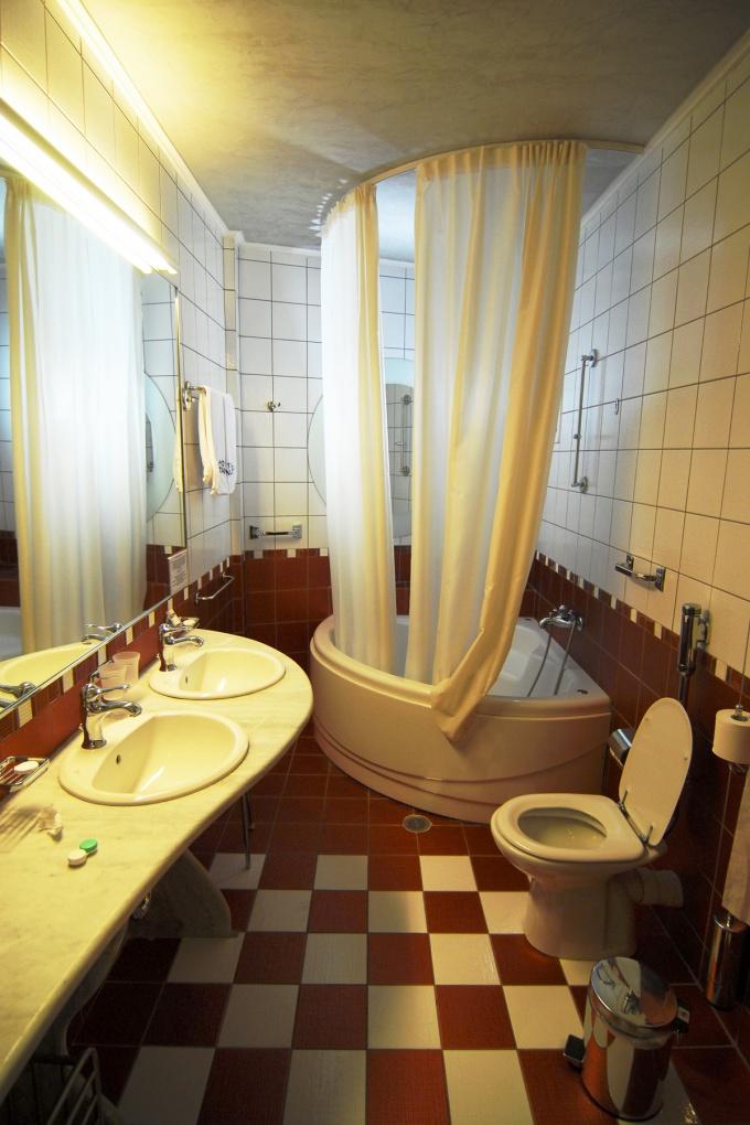 Как оборудовать ванную комнату