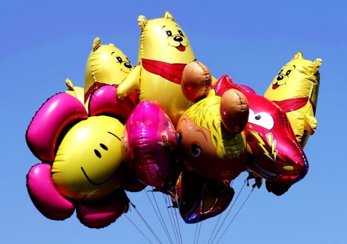 Как праздновать день <b>рождения</b> <em>ребенка</em>