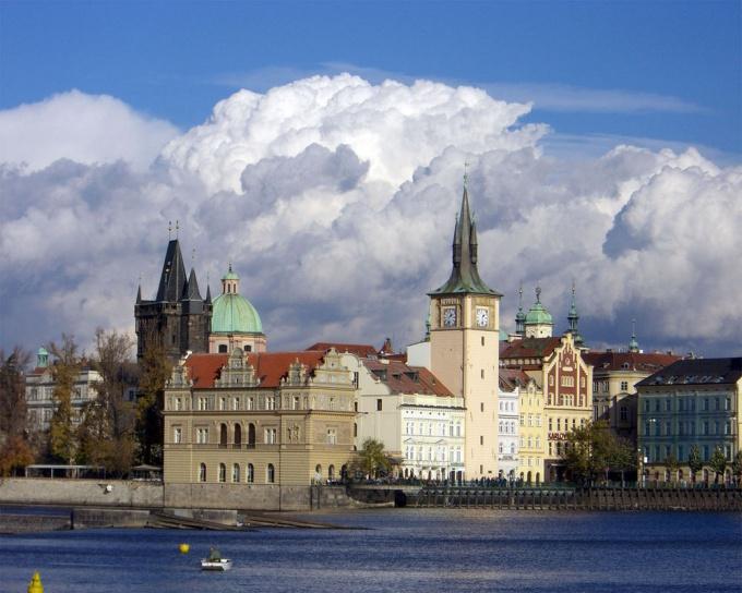 Как иммигрировать в <strong>Чехию</strong>