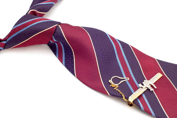 How to wear <b>pin</b> <strong>tie</strong>