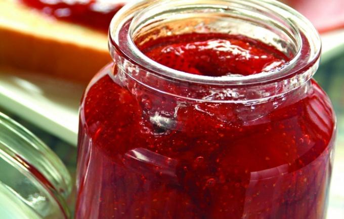 Как готовить клубничный джем