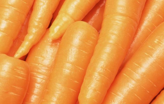 Как готовить салат с морковью