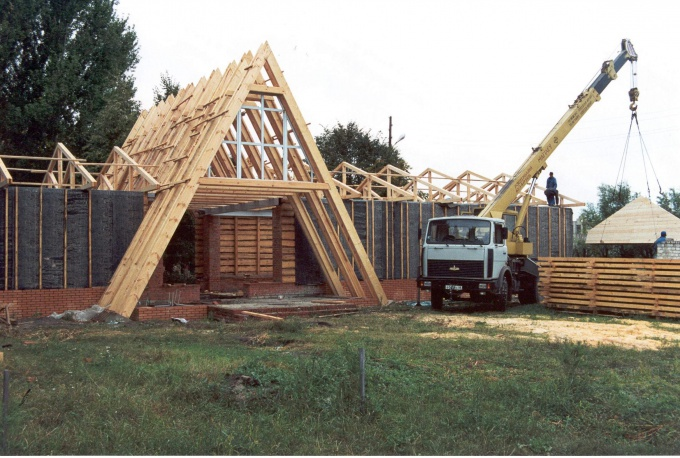 How to build a house cheap and fast