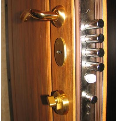 Как открыть межкомнатную <strong>дверь</strong>
