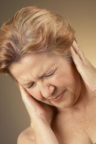 Как лечить грибок в ухе
