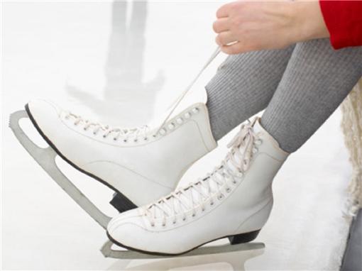 Как научиться кататься на фигурных коньках