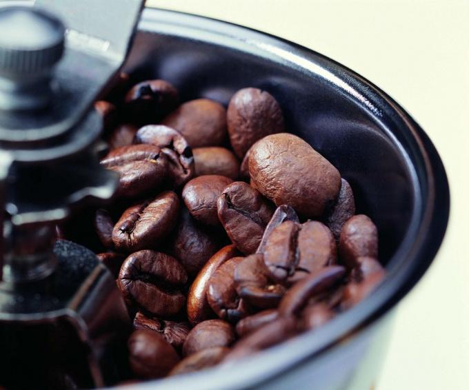 Самый вкусный <strong>кофе</strong> - тот, который сделан из свежеперемолотых зерен
