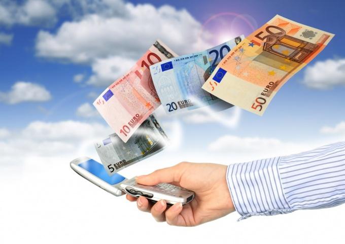 Как снять деньги со счета телефона