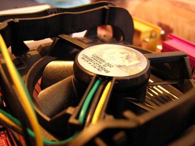 Как почистить кулер на компьютере