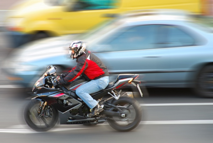How to increase the speed of the motorcycle