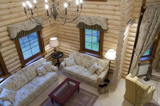 Как построить дом из оцилиндрованного бревна