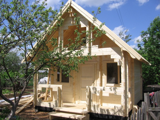 Как построить садовый дом