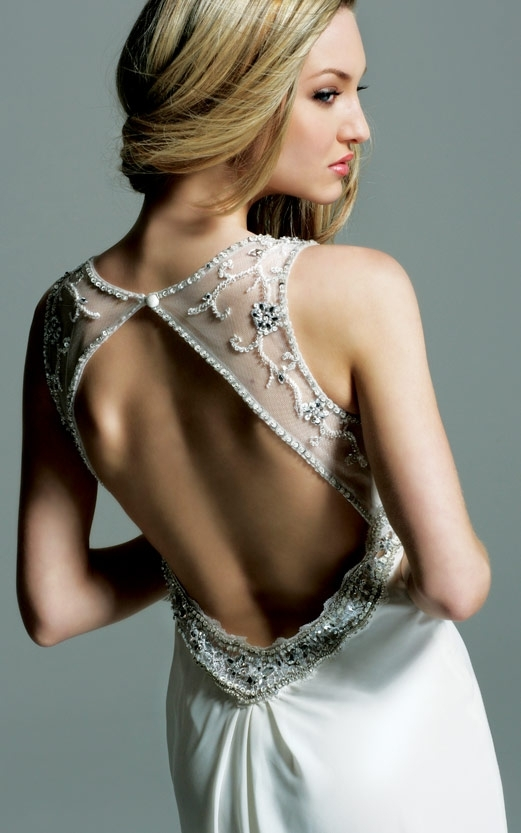 Как сделать выкройку спинки на платье