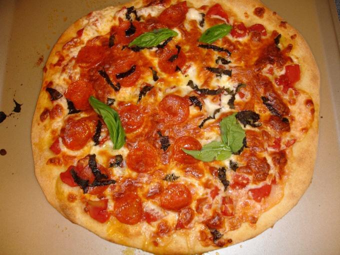 Как приготовить дрожжевое тесто для пиццы