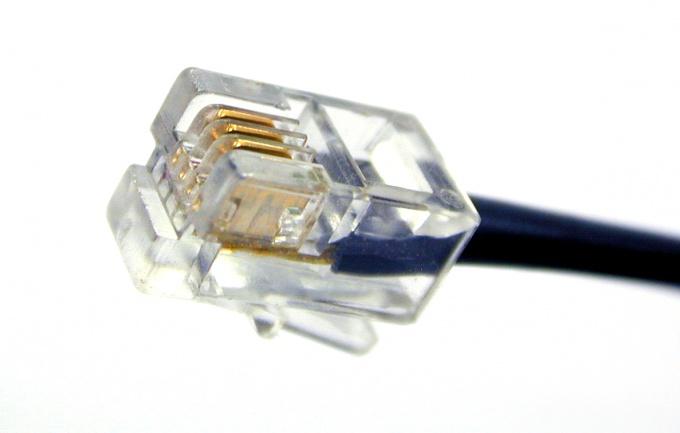 Как объединить телефонный кабель