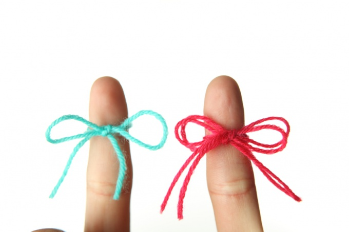 Как делать фенечки из ниток мулине