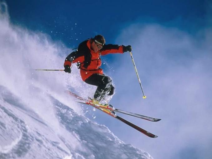Как снимать парафин с лыж