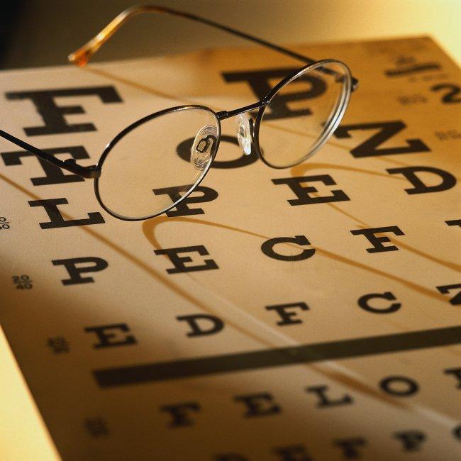 Как узнать, какое зрение