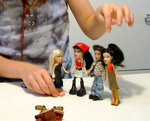 How to sew doll clothes Bratz