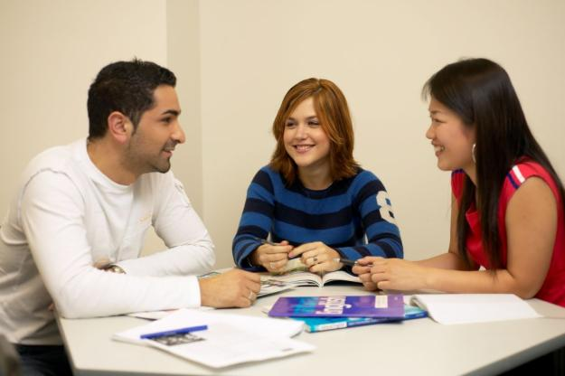 How to open English language school