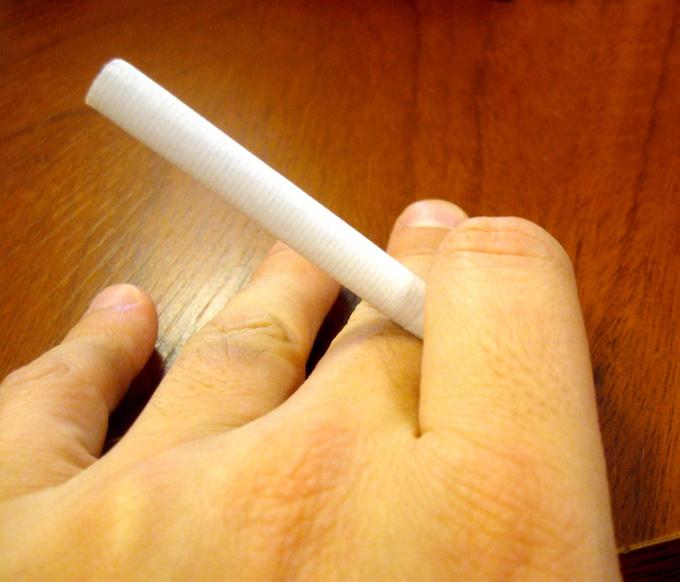 Как нарисовать сигарету