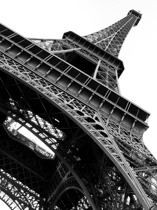 Как иммигрировать во Францию
