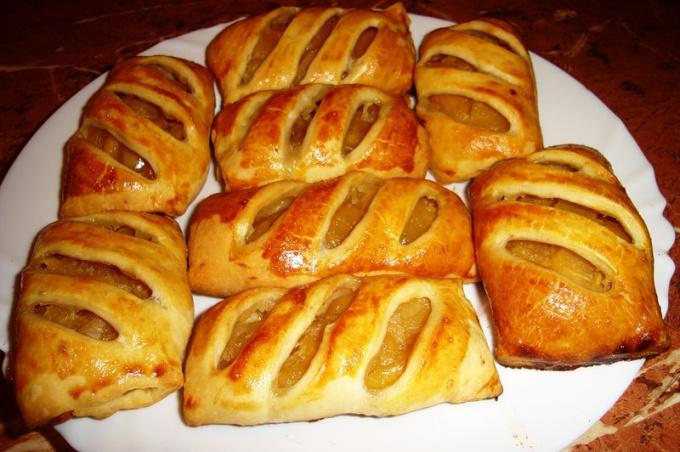 Как приготовить пирожки с яблоками
