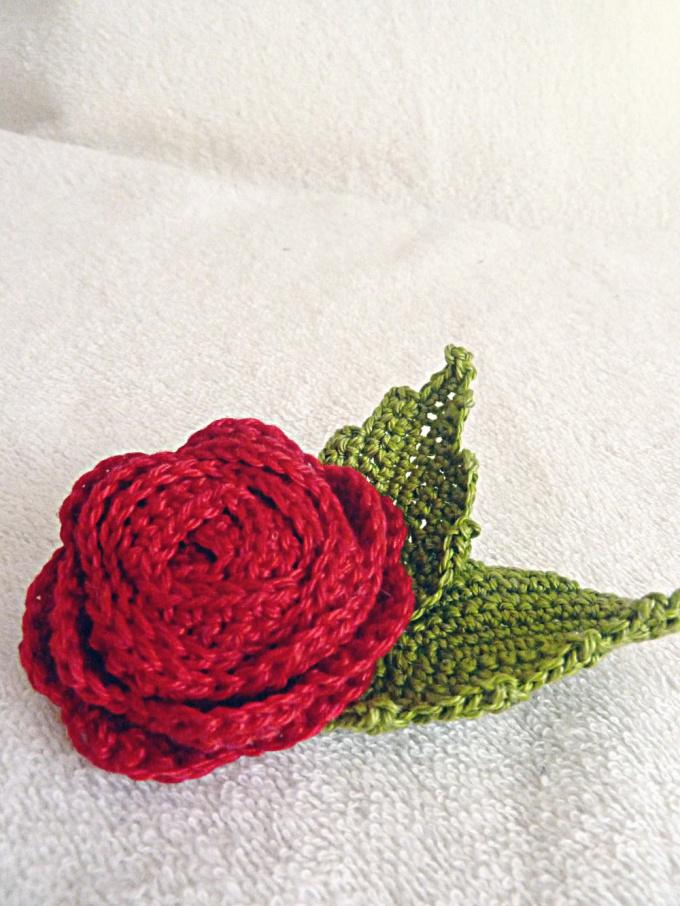 Как связать цветочки спицами