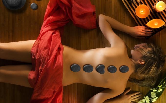 Как делать массаж позвоночника